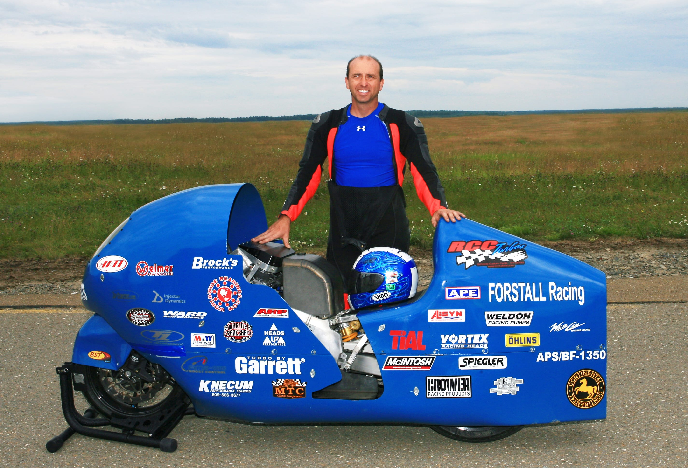 fastest motorcyclist bill warner