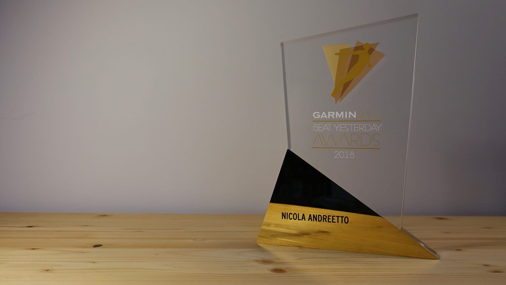 garmin beat yesterday award 2018 motoreetto categoria blog social