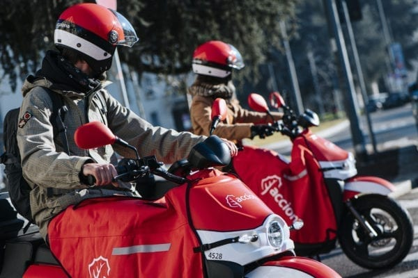 acciona scooter sharing milano